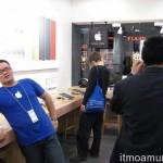 """ร้าน Apple Store ในจีน """"เลียนแบบ"""" เหมือนจริงๆ"""