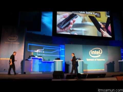 แท็บเล็ต Intel Atom บน Windows 8