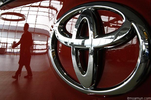 โตโยต้า เรียกคืนรถ 7.4 ล้านคัน จากปัญหากระจกด้านคนขับ