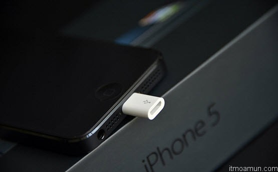 iPhone 5 Lightning to Micro USB Adapter
