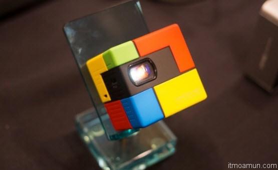 Innocube pico projector โปรเจคเตอร์ สี่เหลี่ยมจิ๋ว