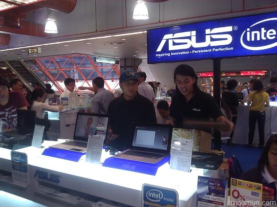 บูธ Asus ในงาน thailand mobile expo 2013