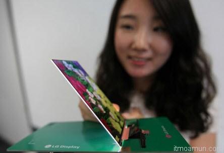 LG สมาร์ทโฟนบาง 2.2 มิล หน้าจอ Full HD 5.2 นิ้ว