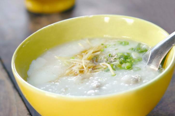 Thai rice porridge with pork
